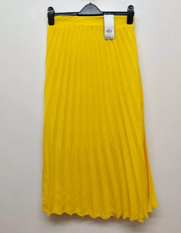 Ex Chainstore Summer Yellow Maxi Skirt, £3.50pp